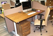 Adjustable Desk 001